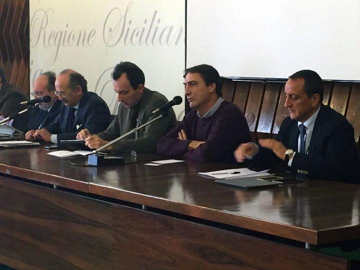 b_0_0_0_00_http___assostampa.info_immagini_Convegno-5-gennaio-2017-Catania-3.jpg