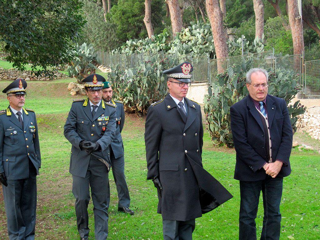 Il generale Antonio Quintavalle Cecere insieme con Leone Zingales al Giardino della Memoria di Ciaculli