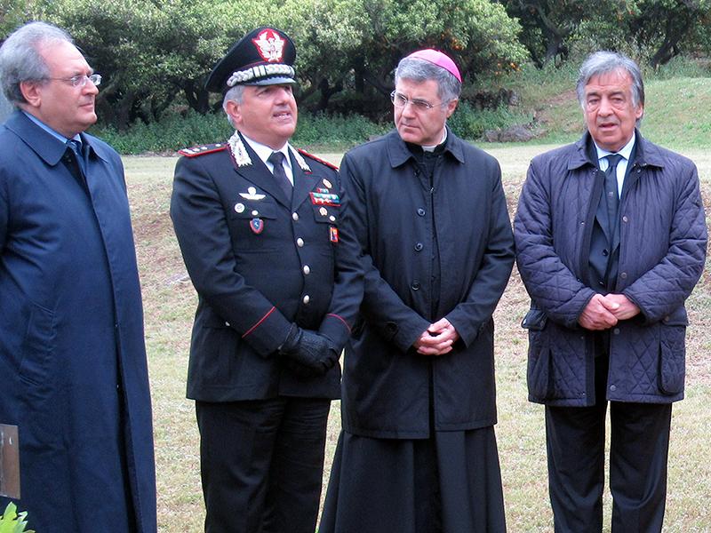 Da sin: Leone Zingales, il gen. Giovanni Cataldo, mons. Lorefice ed il sindaco Orlando